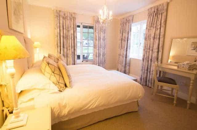 Exquisite Cottage20 Bedroom