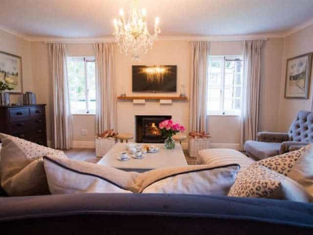 Exquisite Cottage20 Lounge