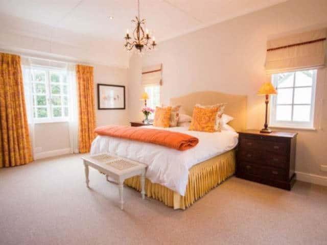 Exquisite Cottage20 Master Bed
