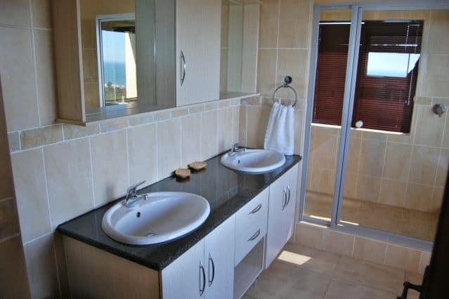 Mosselbos Ooievaar Bathroom