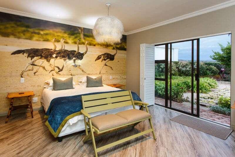 Karoo Palet Ostrich Room