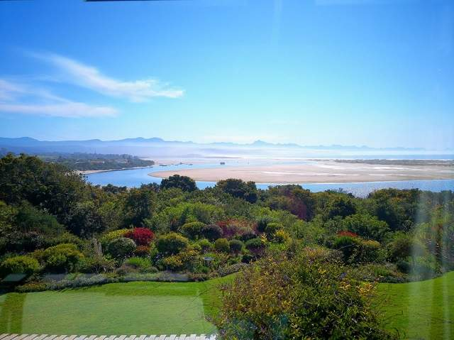 Time Out Plettenberg Bay