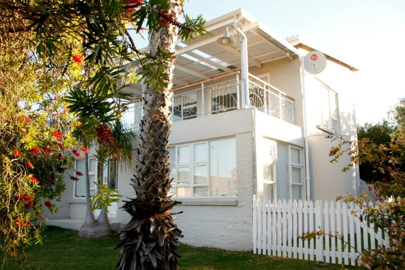 2Palms Self Catering in Stilbaai