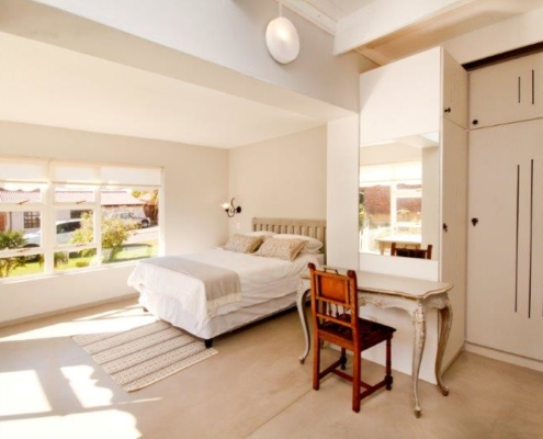 2Palms Self Catering Bedroom in Stilbaai