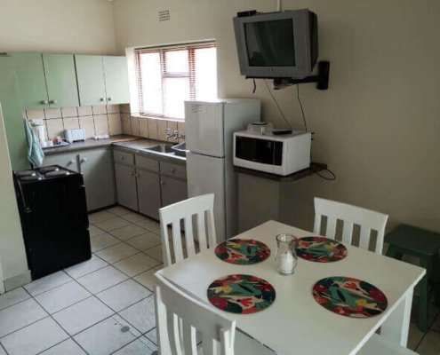 Dibiki Riversdal Self Catering Open Plan